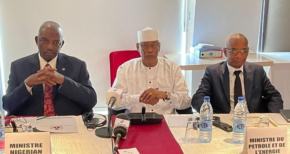 Nigerian Power Minister in Chad to seal electricity supply deal